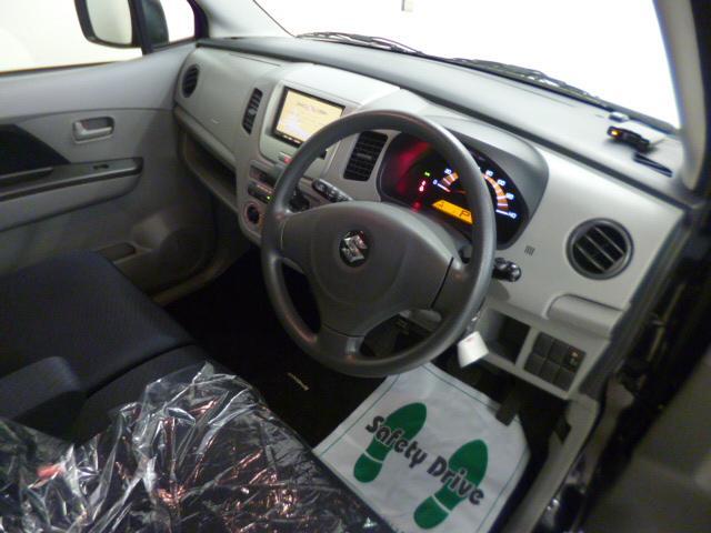ダイハツU−CAR口熊野店は通常のオークション仕入れの中古車販売店とは異なり、一般ユーザー様から直接仕入れたお車を販売することに、こだわっております。その中から良質な車両のみを厳選して掲載しております