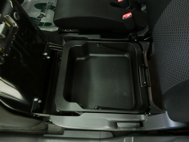 当店は新車ディーラーが運営しておりますのでご購入後は、もちろんディーラーの整備点検を実施し提供いたします。
