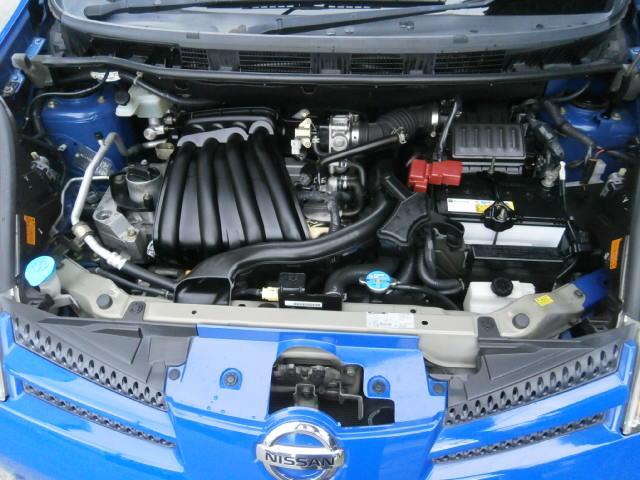 エンジンはタイミングチェーン方式