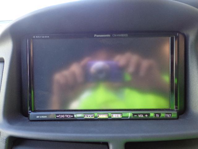 パナソニックナビCN−HW800Dを装着しています。