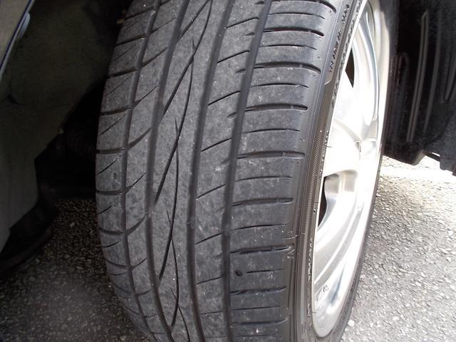 タイヤの溝もばっちりです