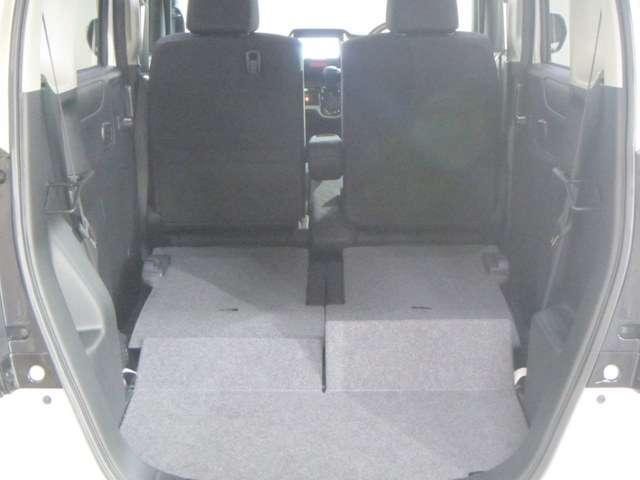 後部座席を倒せば、大きな荷室が確保できます!    ☆ホンダカーズ京都 舞鶴西店 TEL0773−75−8055☆