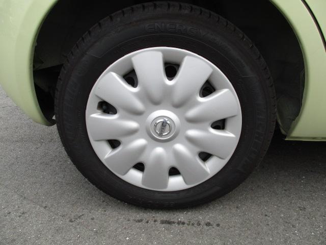 タイヤは「ミシュラン・エナジーセーバー(2015年22週生産)」がついてます。
