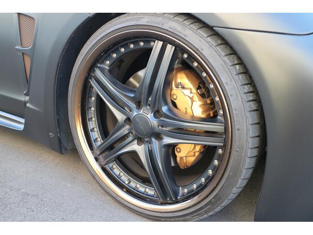 フロントタイヤサイズ 265/30/R22