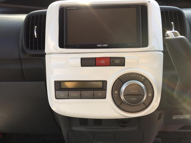 社外HDDナビです☆フルセグ・DVD観賞も可能ですので長距離のドライブでも退屈しません♪