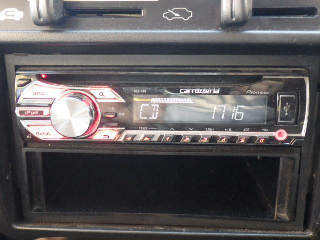 CDオーディオ付きです!ドライブ時には欠かせない必須アイテムですね♪