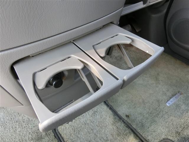 自動車保険も取り扱っております。お車の事は全て弊社にお任せください(^^)