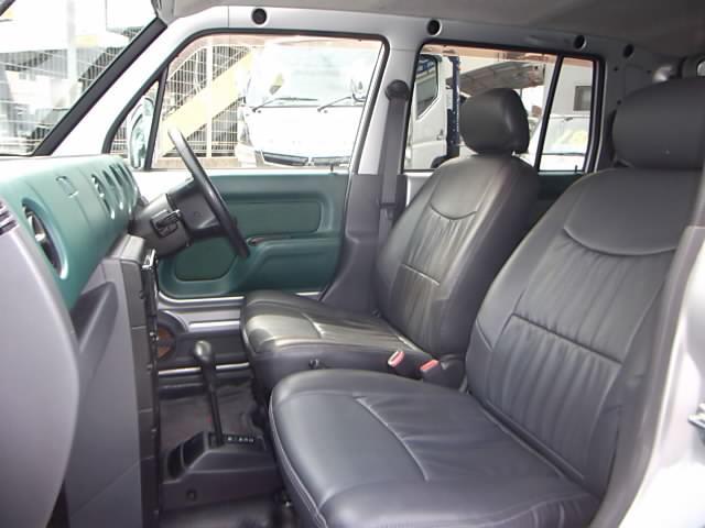 安心!自社認証整備工場の無料1ヶ月保証付き車両です!アフターサービスばっちり! ・・・自社キャリアカー完備!無料にて当店の代車もご用意できます!
