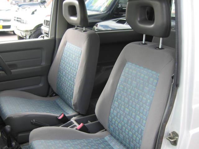【第3者鑑定導入】当店では業界で最も評価基準が厳しいと言われている第3者検査機関「AIS」が車輌を厳正に鑑定しております。安心してお車をお選び頂く材料になります!