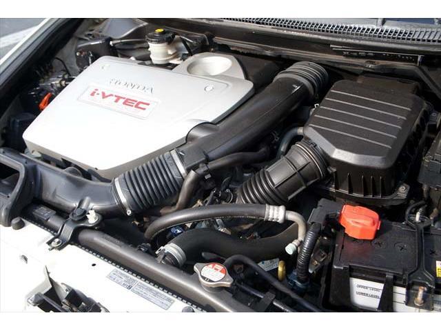 ■納車点検整備は安心・納得の充実したメニュー!各消耗部品の交換はもちろん、ブレーキローターやタイヤ等も残量・状態により交換。ランニングコストを抑え、お客様のカーライフをサポート致します。