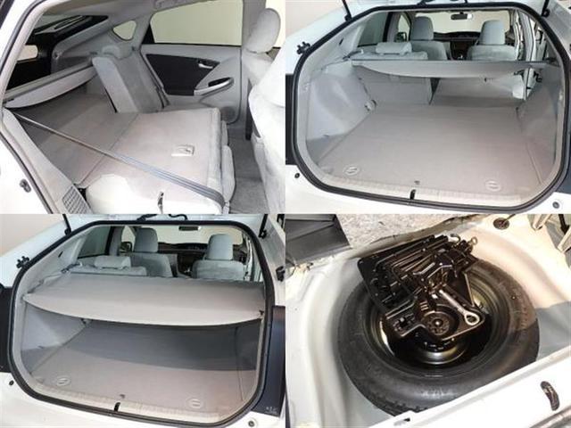 セカンドシートは独立可倒、様々な荷物が積載可能です。トノカバー使用で荷物の目隠しになり、貴方のプライバシーを守ります。