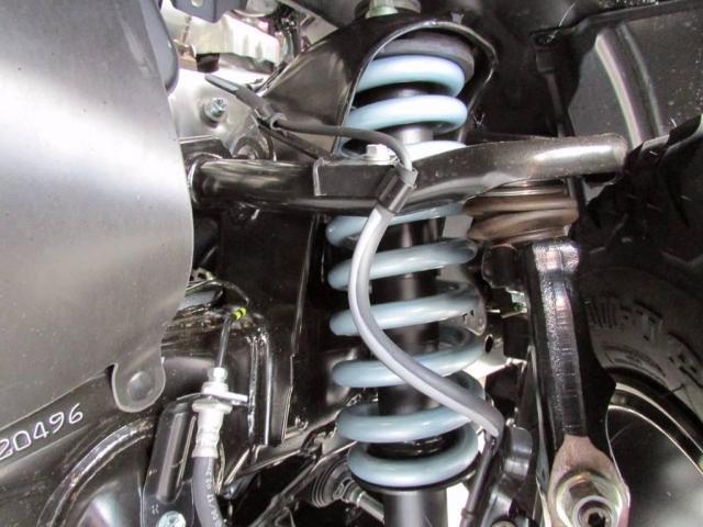 2.8 TX ディーゼルターボ 4WD 新車未登録 2インチ(10枚目)