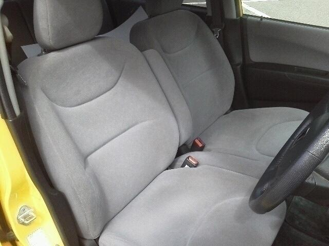 運転席です。 座り心地を体感下さい。