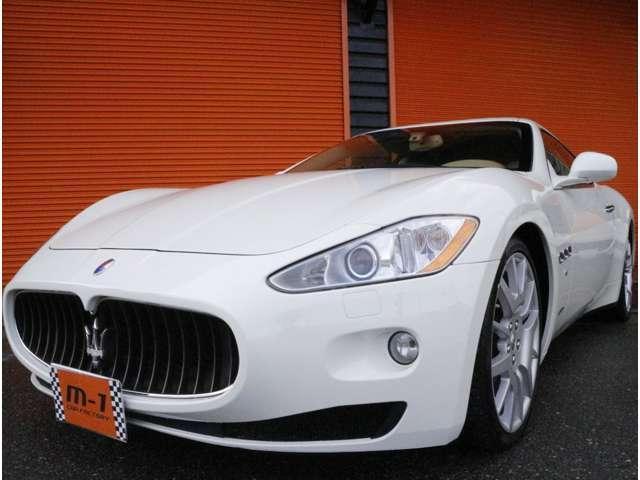イタリアの雄マセラティ!ラグジュアリースーパーカーの1台です!走りの快感をきっと感じて頂けるお車です!
