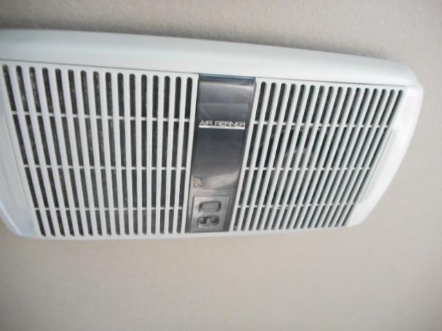 空気清浄機を装備しています!タバコを吸われる方も車内をきれいな保てます♪