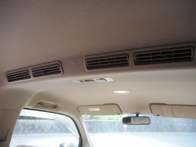 リア席用にもエアコン装備でとても快適です(^−^)