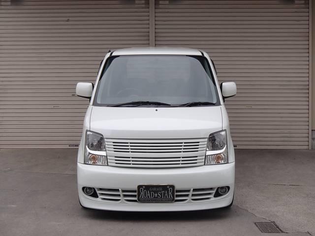ModeParfume(モードパルファム)のフルエアロを装着したワゴンRです。 足回りは、RSR製Ti2000に、AnheloCorazonのメッキアルミ!  価格もリーズナブルです。店長オススメ車!