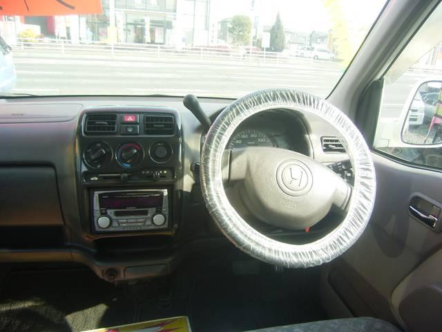 コラムオートマ車で運転楽々です!女性の方にもオススメの1台です!
