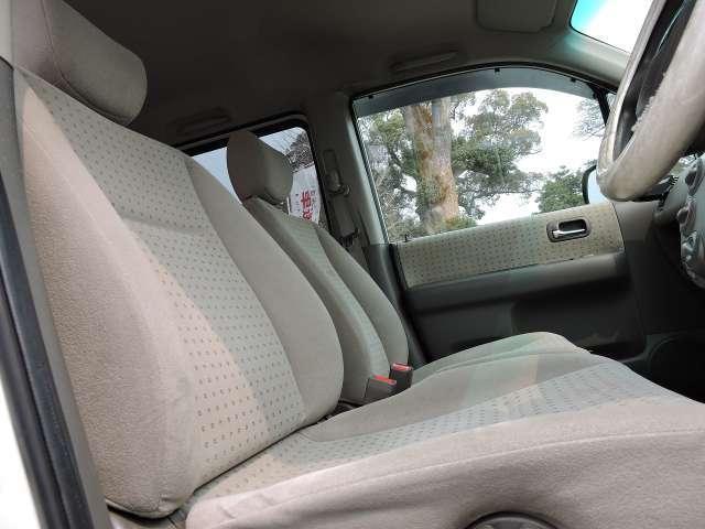 ☆全車内外装クリーニング♪外装磨き♪アルミホイル♪足回り洗浄♪天井♪フロアマット♪シート全席♪ドア内♪パネル全体♪ガラスなど車内の隅々まで洗浄をスタッフが一台一台こだわって施工しています☆