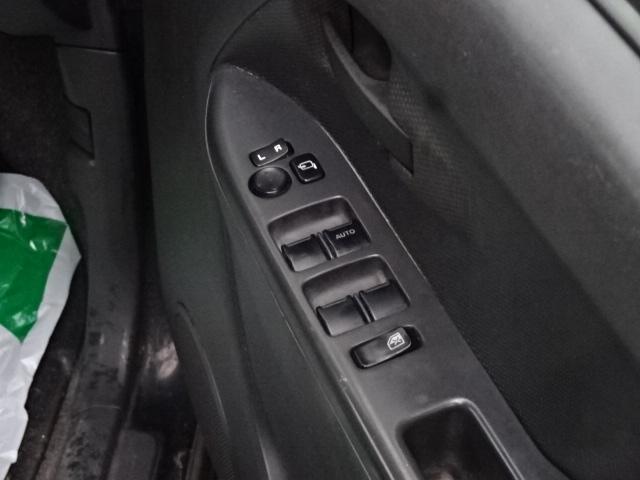 弊社は入庫した際にスタッフが50項目以上の入庫チェック、規定をクリアした車両のみを展示しております。納車前には、徹底した点検&整備実施をして安心を、お届けいたします。納車後も全力でサポート致します!