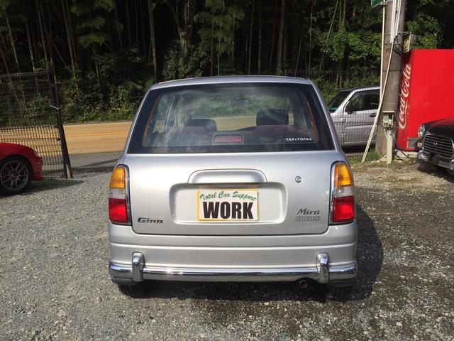 ガソリンが高くなった現代には低燃費の軽自動車ですね★