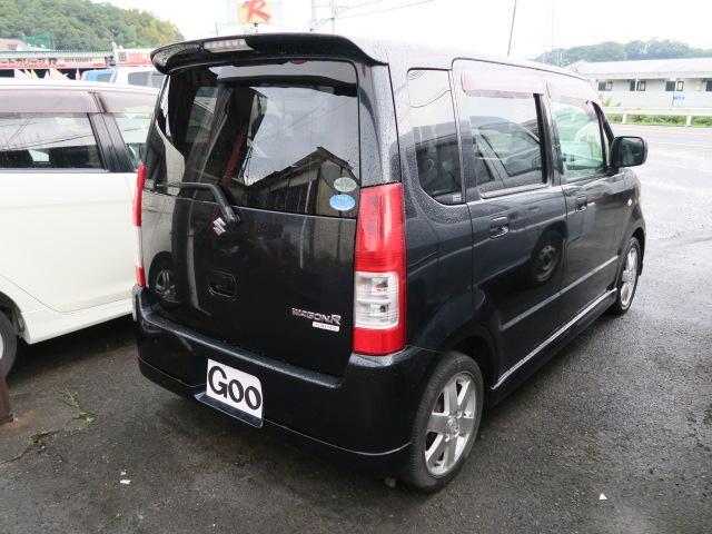 お車の詳細についてのお問い合わせは、Gooメール見積り、又は当社専用無料電話0066−9700−892202(料金は掛りません。)を入力してお問い合わせ下さい。
