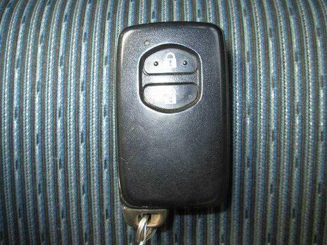 キーと取り出さずにドアを施錠&解除。バックやポケットに携帯していればOKです??