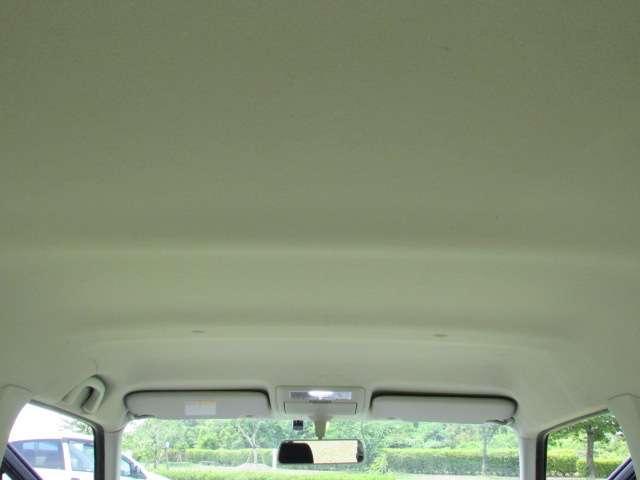 禁煙車なので車内側の天井もすごくきれいです!(^^)/