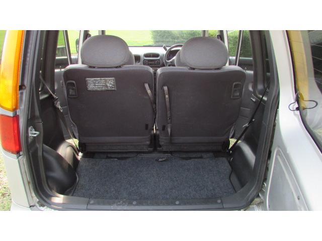 トランク内充分なスペースがあり、様々な荷物を載せることが可能です♪