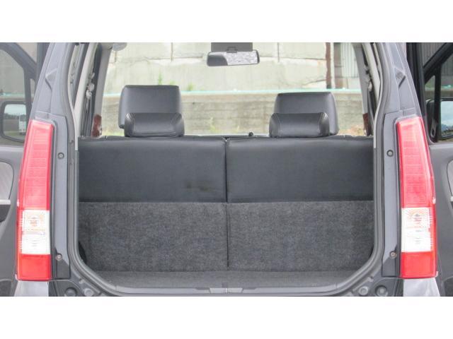 トランク内、十分なスペースがあり様々な物を載せることが可能ですよ♪