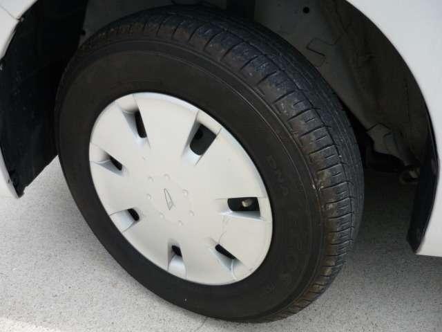 タイヤの溝もまだまだ大丈夫です!!