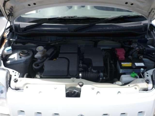 エンジンルームもエアコンから水回りやオイル回りなど、全て点検済!!タイミングベルトはチェーン式ですので交換不要!!