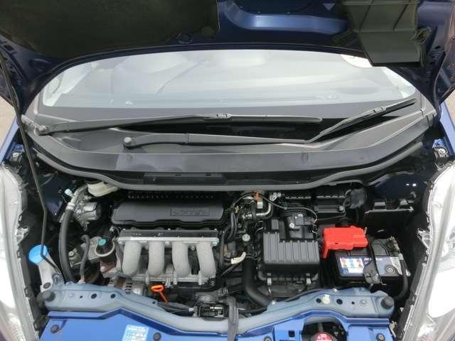 ■仕上げ 1.ボディ全体磨き 2.タイヤワックス 3.空気圧調整 4.バンパー下部/フロントグリル艶出し 5.エンジンルーム艶出しWAX