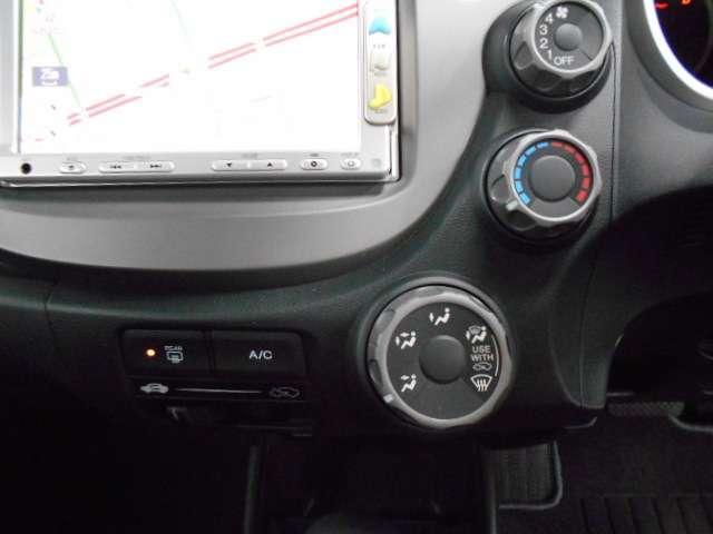 点検パック!次回車検までの間、半年ごとに定期点検とエンジンオイル交換を実施します。お得なパック料金で、お客様の愛車をサポート!3S以外にもコース設定がございます。詳しくは、営業スタッフへお尋ね下さい。