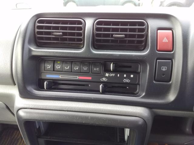 XC 5MT  4WD レザー調シートカバー(10枚目)