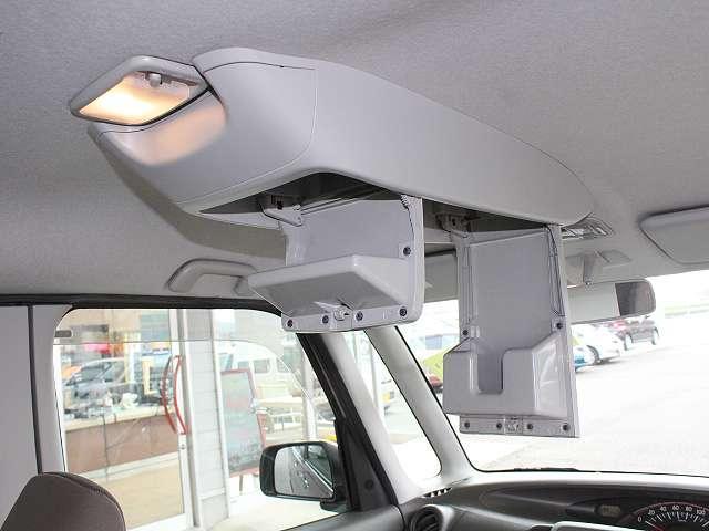 天井には、便利なティッシュケース等が付いてます!収納上手になれて、とても便利な装備ですよね^^