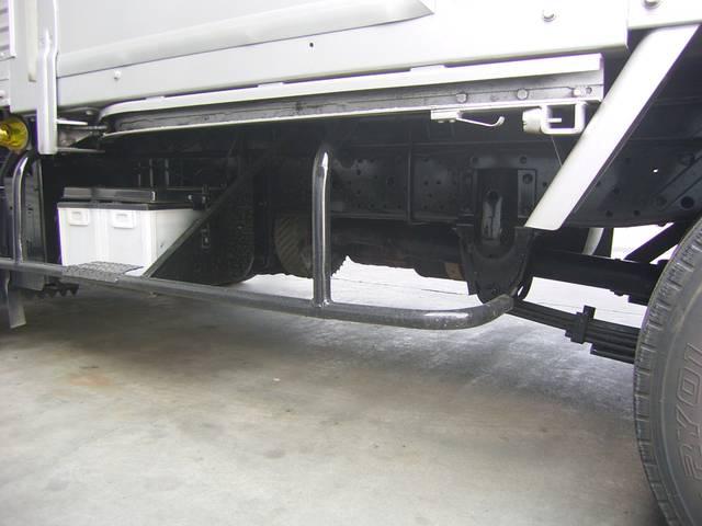 いすゞ エルフトラック 2t アルミV PG付き