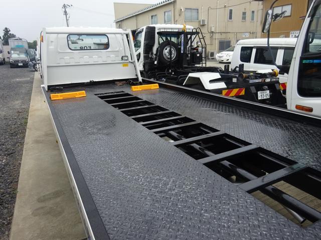 いすゞ エルフトラック 2tセルフローダー ユニーク