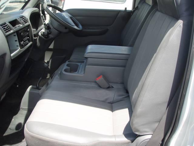 日産 バネットバン DX 4WD 5ドア