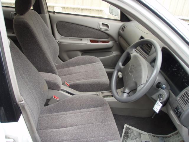 トヨタ カローラ SEサルーン Lリミテッド 4WD