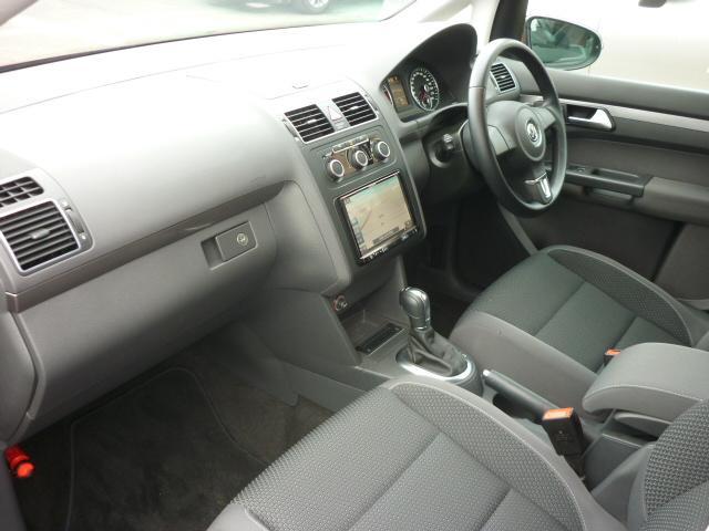 フォルクスワーゲン VW ゴルフトゥーラン TSI コンフォートライン 社外地デジナビ メーカー保証