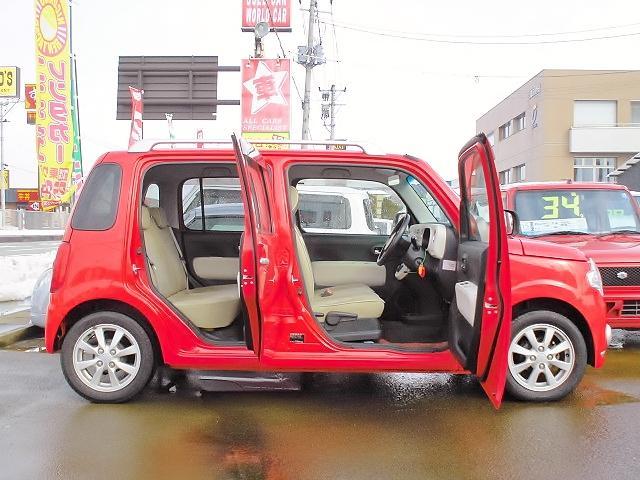 アシストでは仕入れ担当が厳選仕入により低価格・高品質のお車を展示販売しております♪常時60台以上の展示車をご準備しておりますのでご来店、お問合わせお持ちしております。
