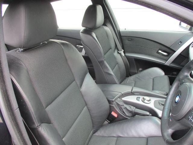 BMW BMW 525iMスポーツ 正規ディーラー車 ハーフレザー クルコン