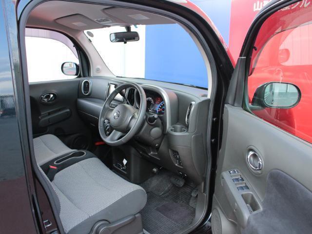 ドライバーのかたが座るシートです。実際お座りいただくのが、分かりやすいと思います。お気軽にご来店ください