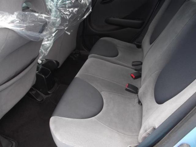 後部座席の広さがフィットの特徴です!!広さはトップクラスです!!