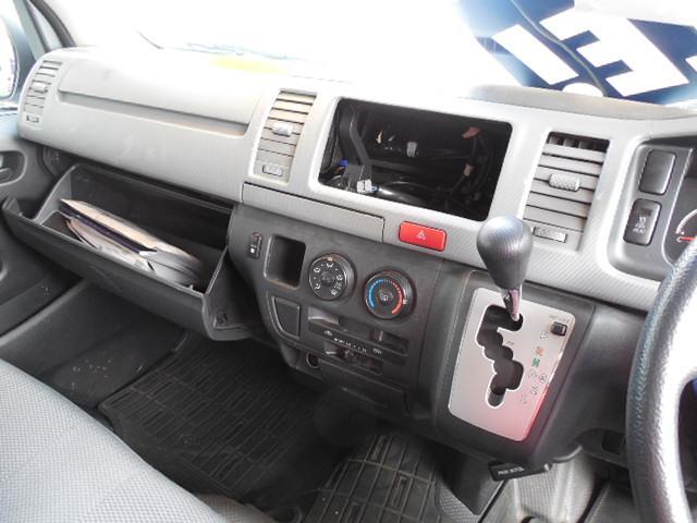 トヨタ レジアスエースバン DXGLパッケージハイルーフ4WDディーゼルターボ