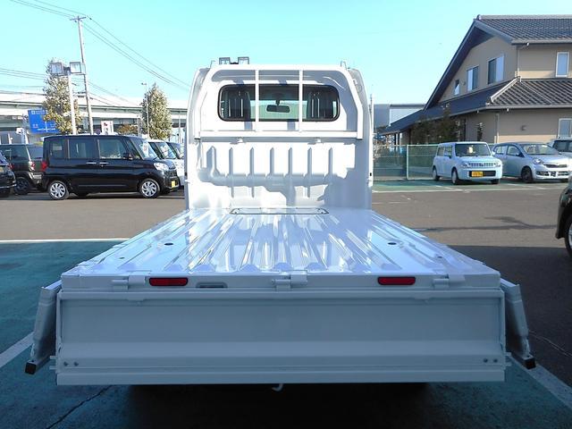 スズキ キャリイトラック KCエアコン・パワステ 5MT 4WD 届出済未使用車