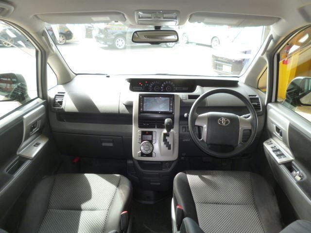 トヨタ ノア S ワンオーナー HDDナビ フリップダウンモニター 禁煙車
