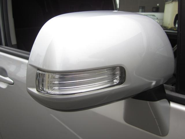 トヨタ ヴォクシー X Lエディション HDDナビ バックカメラ
