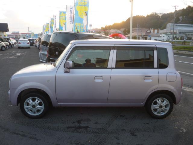 公的機関「(財)日本自動車査定協会」の基準を採用。日本オートオークション協議会「走行距離管理システム」で距離に不正が無いかもチェック済みです。